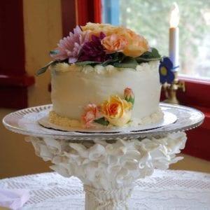 Wedding Cake at Romantic RiverSong