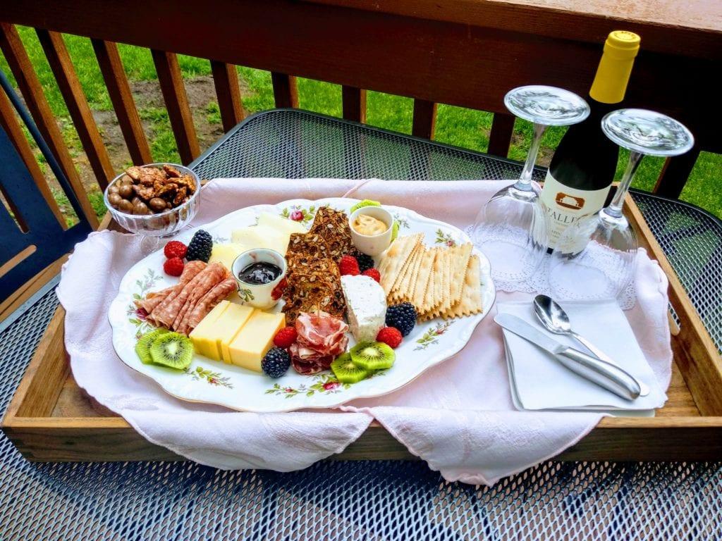 3 day itinerary romantic getaway Estes Park